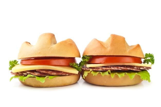 Pequenos sanduíches