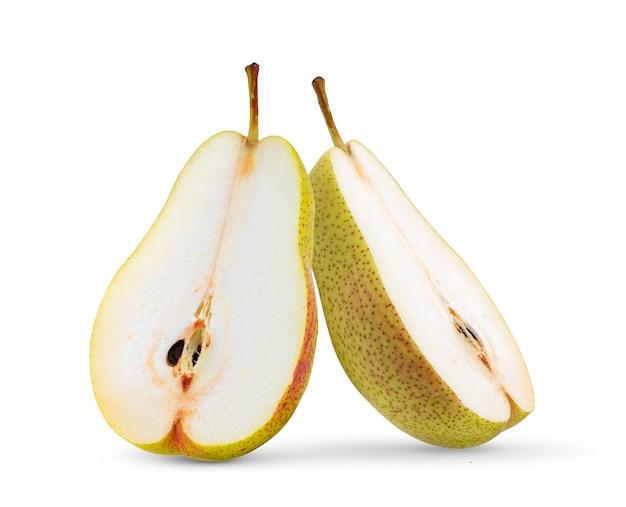 Peras isoladas em fundo branco
