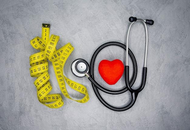 Perda de peso sob supervisão médica de nutricionista. Foto Premium