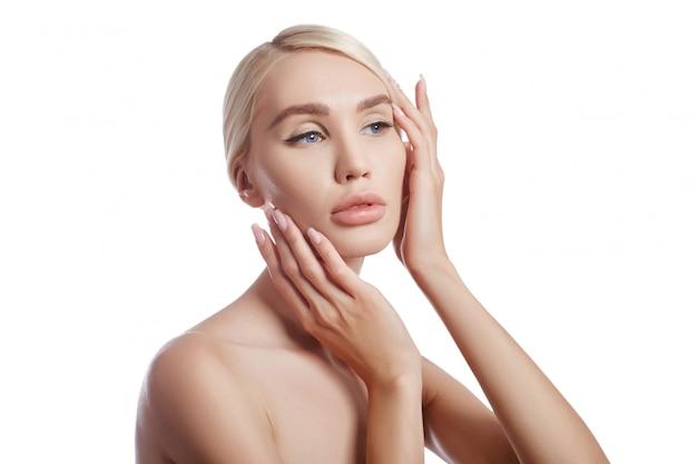 Perfeito mulher de pele limpa, cosméticos para rugas