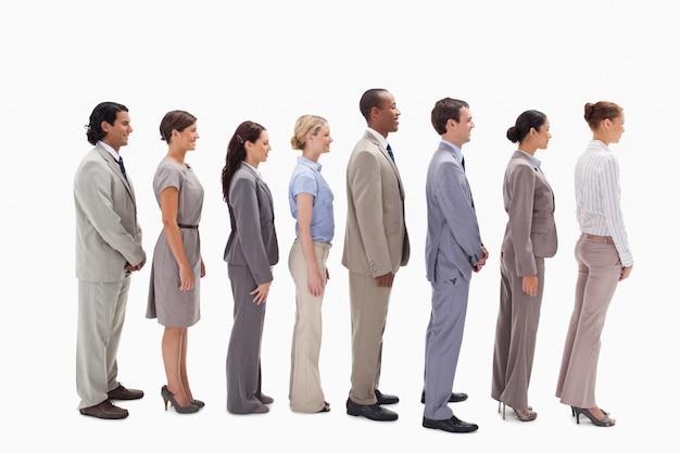 Perfil de uma equipe de negócios em uma única linha