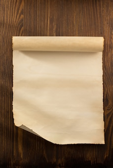 Pergaminho em madeira