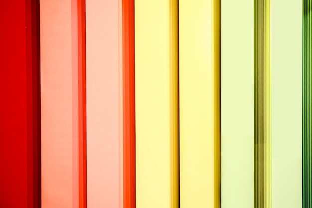 Persianas verticais multicoloridas