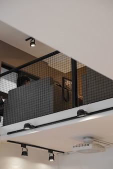 Perspectiva de baixo ângulo da sala de espera