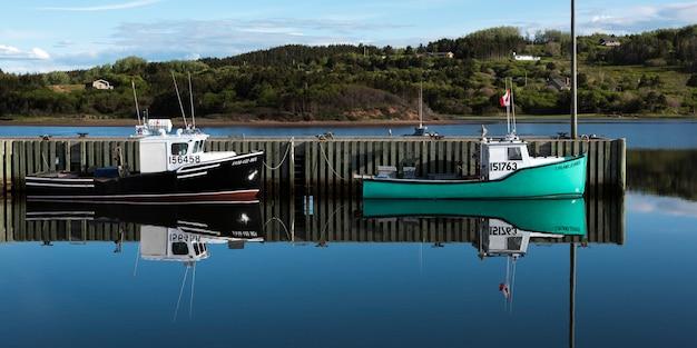 Pesca, traineiras, amarrado, em, doca, inverness, porto, mabou, capa breton, ilha, nova escócia, canadá