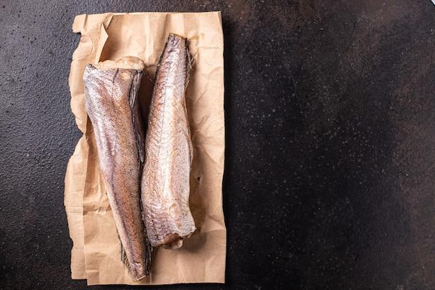 Pescada peixe filé branco cru frutos do mar fresco pronto para comer refeição lanche na mesa cópia espaço comida