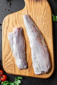 Pescada peixes frescos frutos do mar ingrediente natural orgânico refeição saudável lanche dieta pescetarian