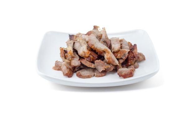 Pescoço de porco cozido no carvão