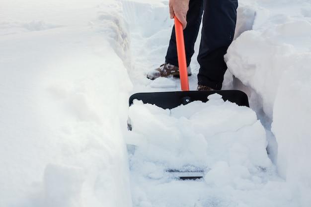Pessoa, limpar, neve, com, pá