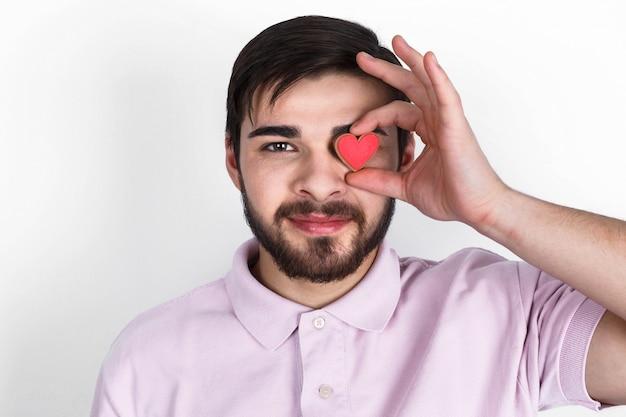 Pessoa triste coração vermelho bonito