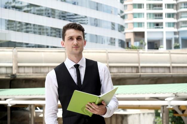 Pessoal internet jovem carreira rua executivo