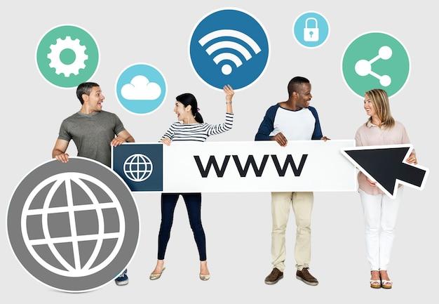 Pessoas com um navegador de internet