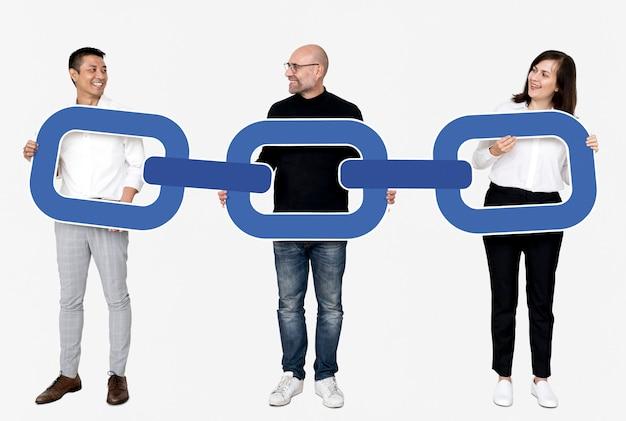 Pessoas de negócios com criptografia de cadeia de bloco