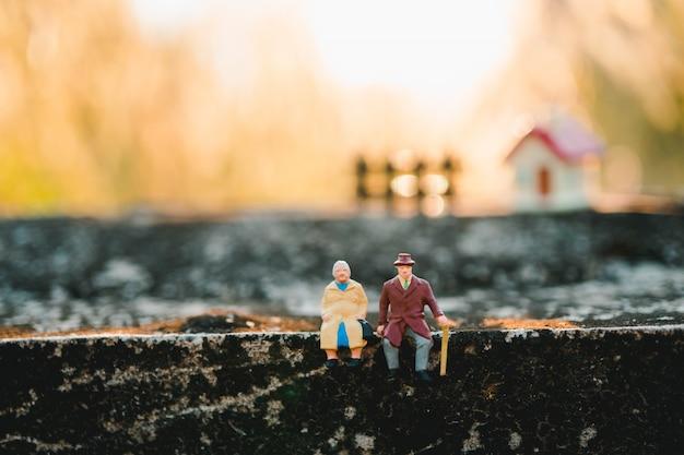 Pessoas em miniatura