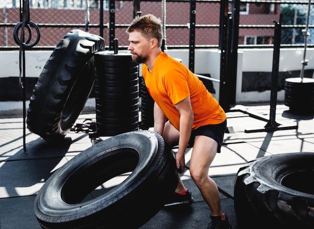 Pessoas, exercitar, em, ginásio aptidão