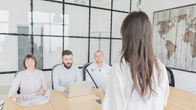 Pessoas negócio, em, reunião