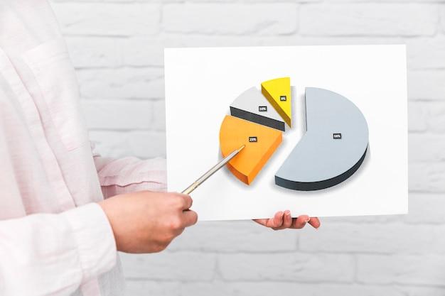 Pessoas negócio, mostrando, quadros, e, estatísticas