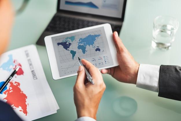 Pessoas negócio, trabalhando, ligado, projeto dados