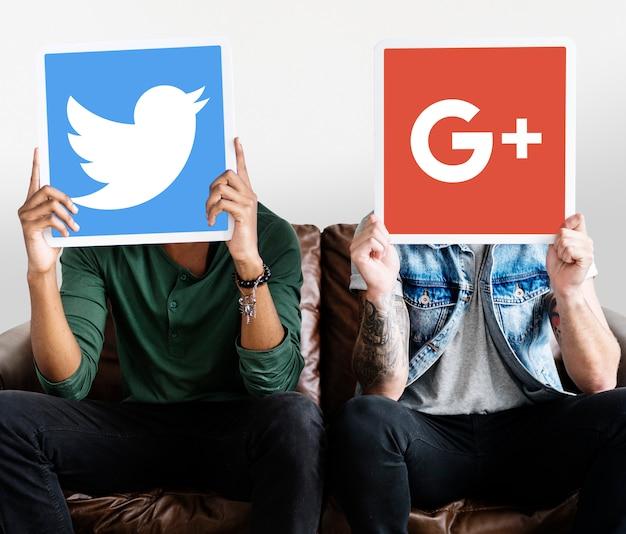 Pessoas, segurando, social, mídia, ícones