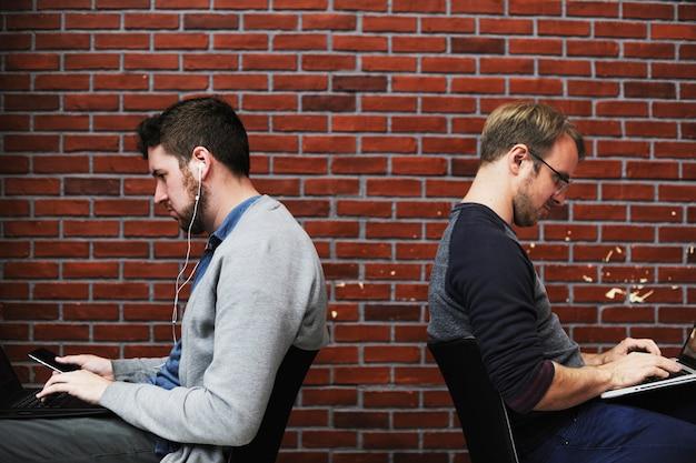 Pessoas, usando computador, laptop