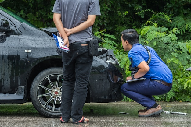 Pessoas, verificar, frente, pretas, car, que, got, danificado, acidente