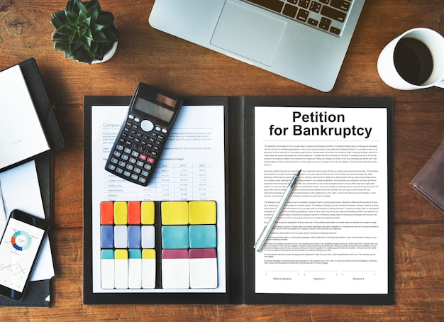 Petição, falência, dívida, empréstimo, conceito de problema descoberto
