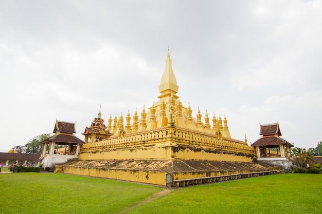 Phra that luang pagoda em vientiane, laos pdr