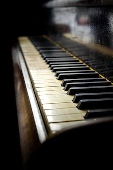 Piano velho