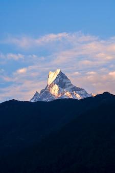 Pico montanha, em, nepal
