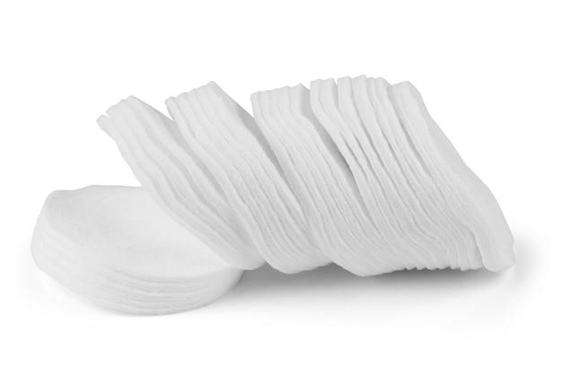 Pilha de almofadas de algodão em branco