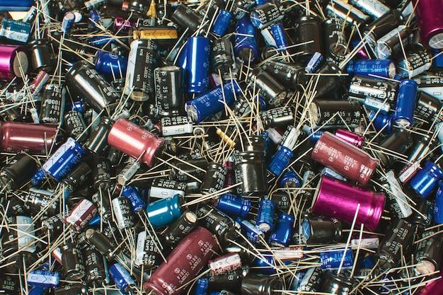 Pilha de capacitores eletrolíticos