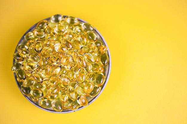 Pilha de cápsulas omega 3