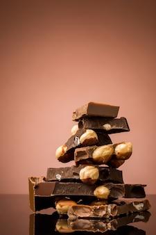 Pilha de chocolate quebrado