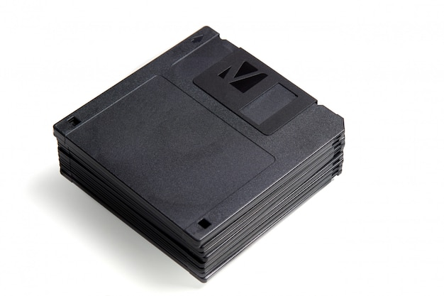 Pilha de disquetes de formato antigo