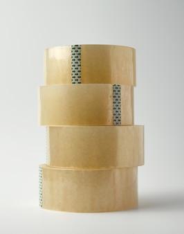 Pilha de fita adesiva transparente