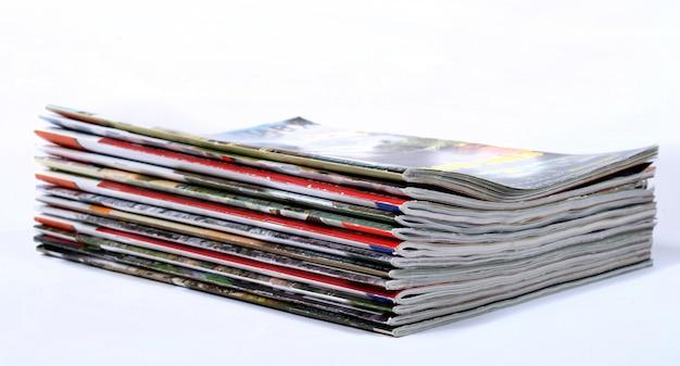 Pilha de jornais usados