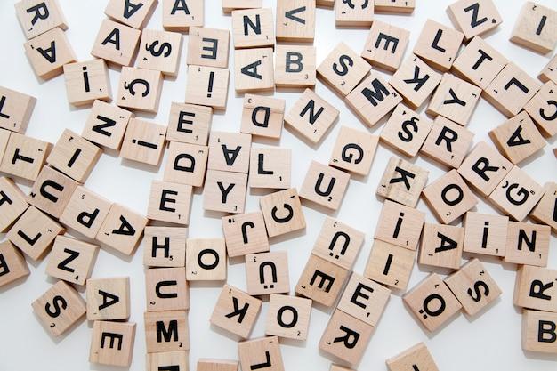 Pilha de letras scrabble