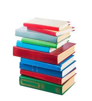 Pilha de livros isolada na superfície branca