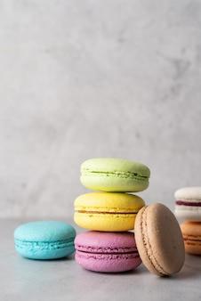 Pilha de macarons, biscoitos franceses