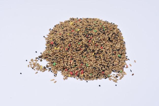 Pilha de mistura de grãos, sementes para canários