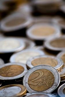 Pilha de moedas de euro