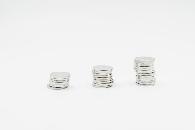 Pilha de moedas de prata