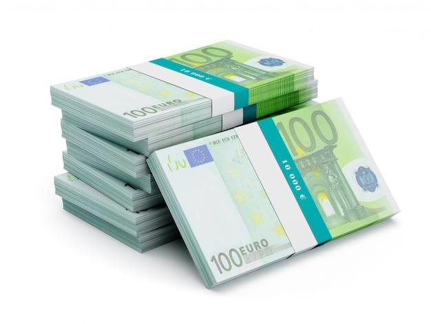 Pilha de notas de 100 notas de euro