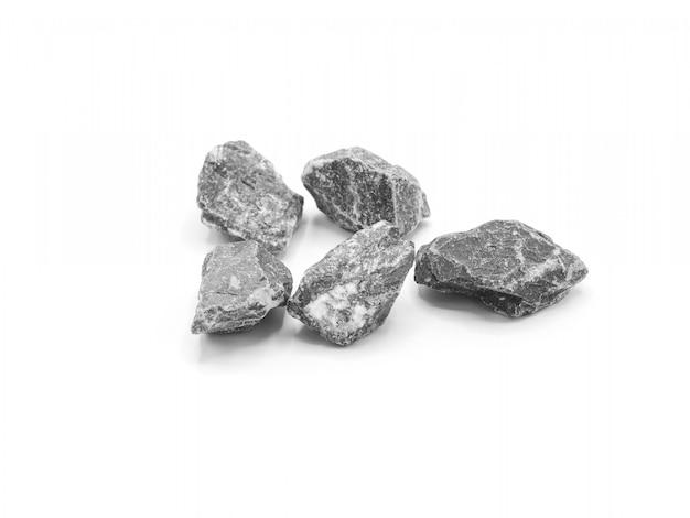 Pilha de pedra cinza isolada