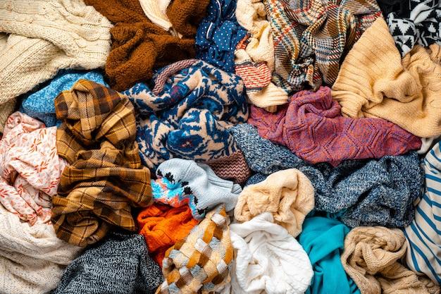 Pilha de roupas de fundo