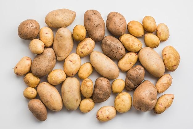 Pilha de vista superior de batatas