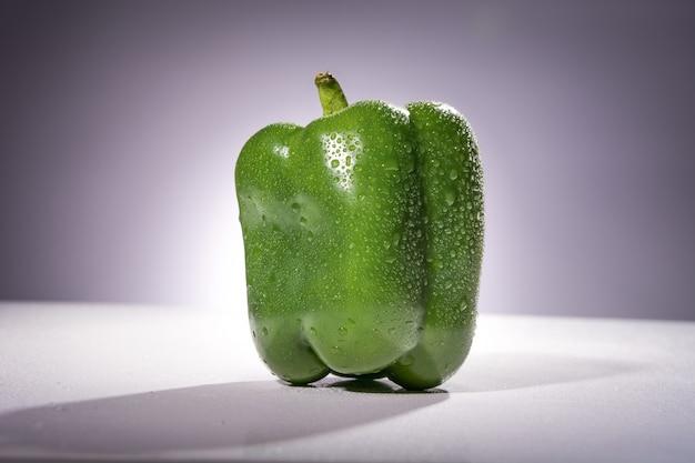 Pimenta verde fresca