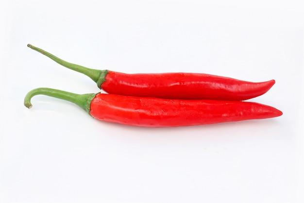 Pimenta vermelha em branco