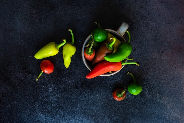Pimentão colorau em uma tigela