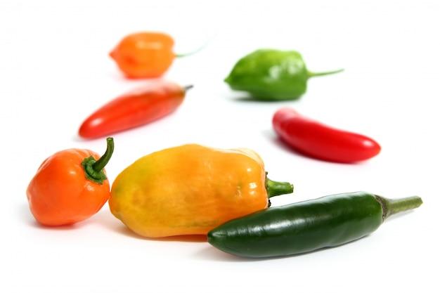 Pimentão habanero serrano hot mexican peppers